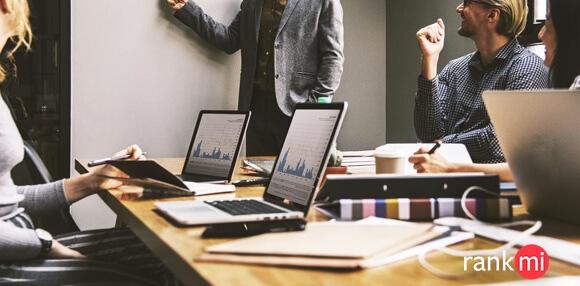 monitoreo en línea y la reportabilidad