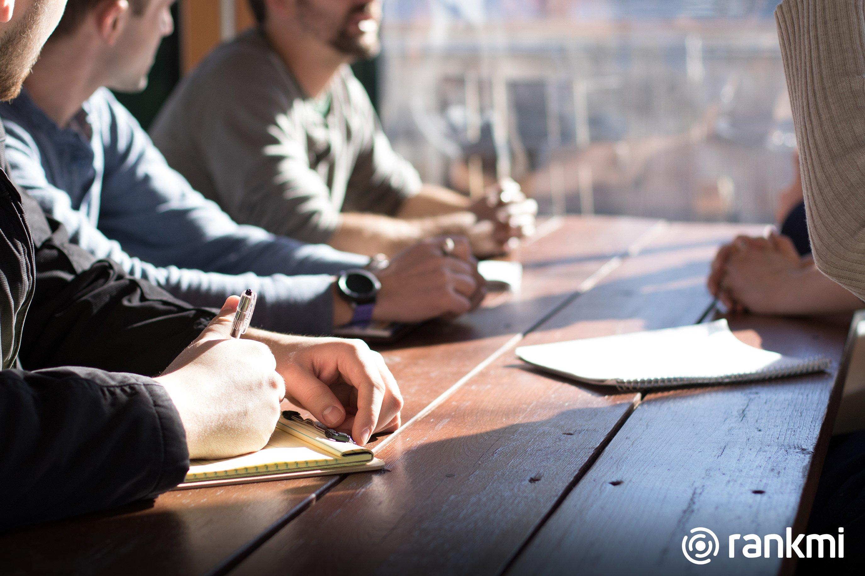 Diferencias entre una encuesta de clima laboral y el Cuestionario de Evaluacion de Riesgos Psicosociales